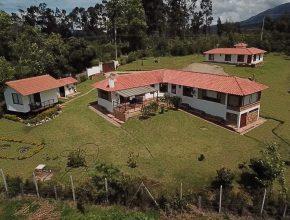 <span style='color:#b5914f'>Venta casas Quitasol</span> - COP$950.000.000