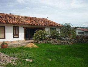 <span style='color:#b5914f'>Venta casa Paty Monquirá Villa de Leyva</span> - COP$600.000.000