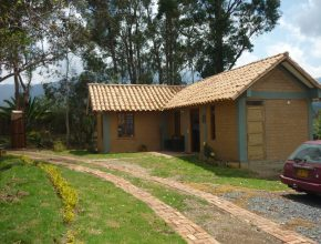<span style='color:#b5914f'>Venta casa F. Parra</span> - COP$680.000.000