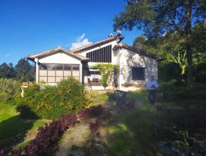 <span style='color:#b5914f'>Venta casa Capilla</span> - COP$680.000.000