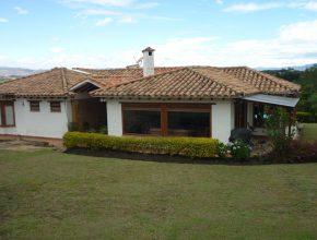<span style='color:#b5914f'>Venta casa O. Marin</span> - COP$950.000.000