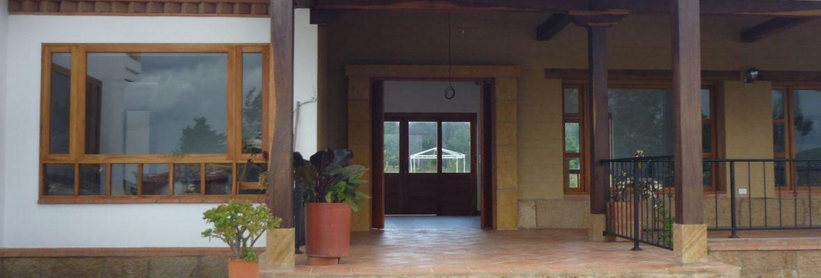 <span style='color:#b5914f'>Venta casa Algomez</span> - COP$1.150.000.000